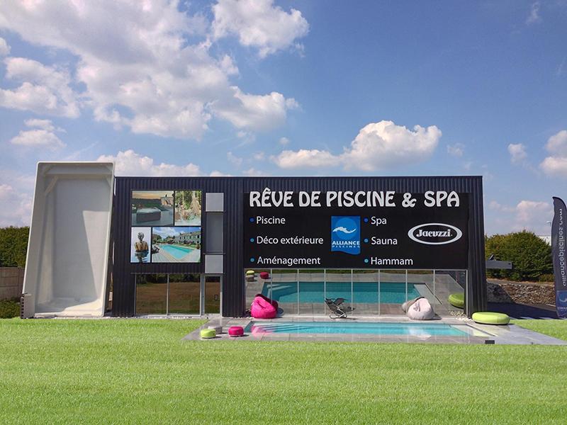 r ve de piscine spa label communication. Black Bedroom Furniture Sets. Home Design Ideas