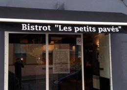 Lambrequin pour le Bistrot Les Petits Pavés à Nantes - Label Communication