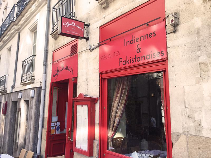Enseigne et façade pour le restaurant Shalimar au centre ville de Nantes (44)
